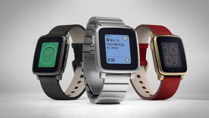 Pohľad na kovovú verziu hodiniek