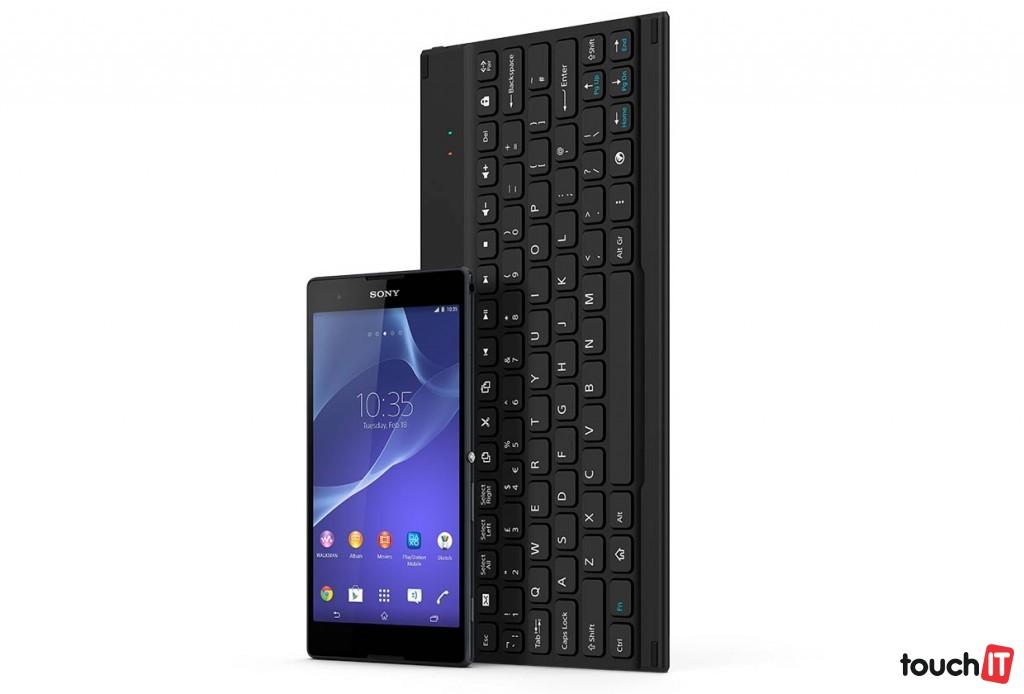 BKB10-Bluetooth-Keyboard-gallery-03-1240x840-d845c643376d927e671c36fde23240c2