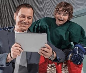 Aj Peter Bondra objavil čaro sledovania hokeja v tablete a telefóne