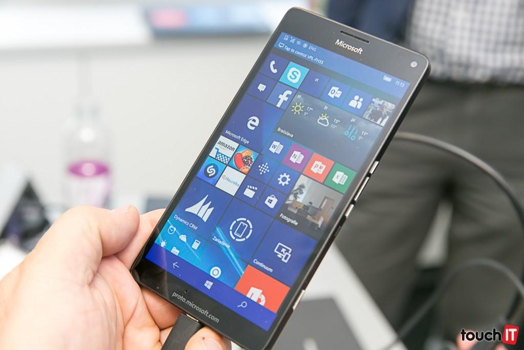Lumia950XL-6