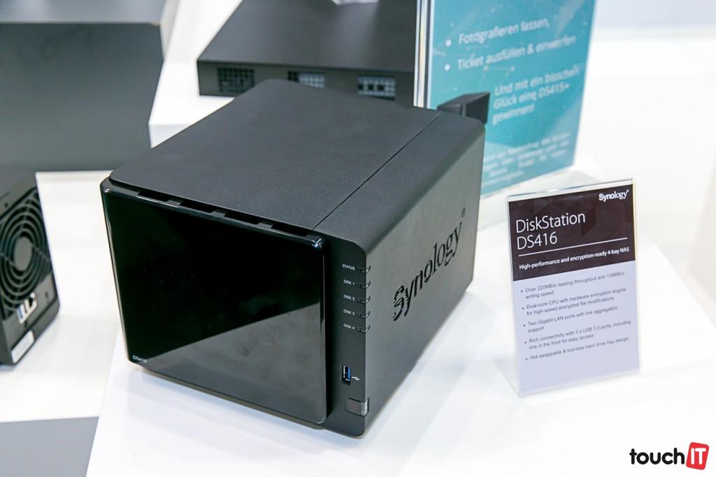 SynologyDS416-3