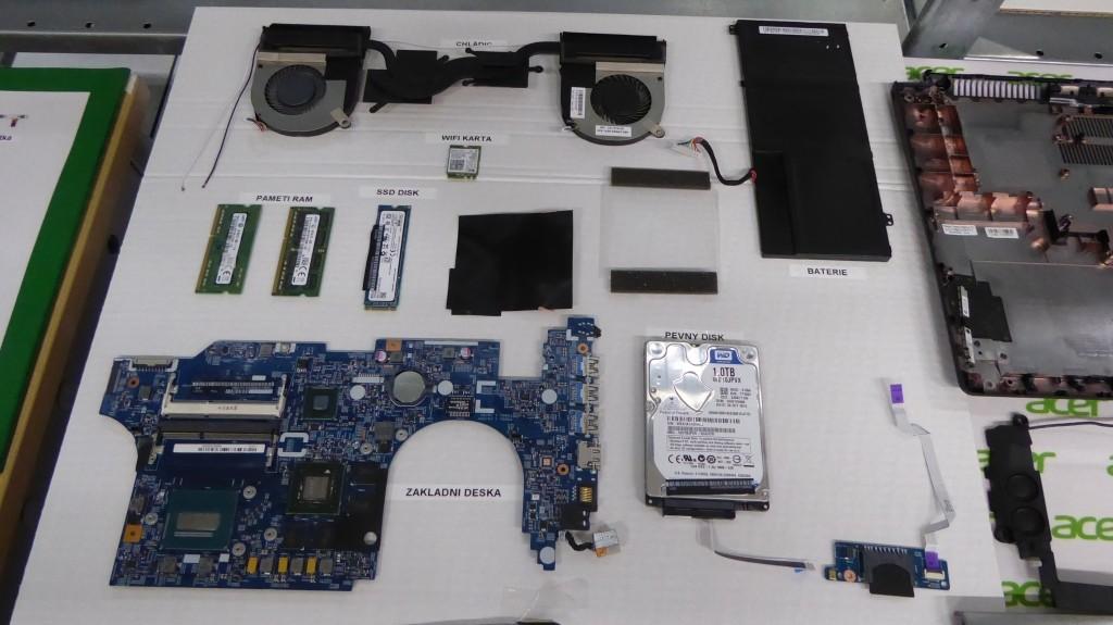 Pohľad na niektoré komponenty notebooku Acer Aspire V15 Nitro