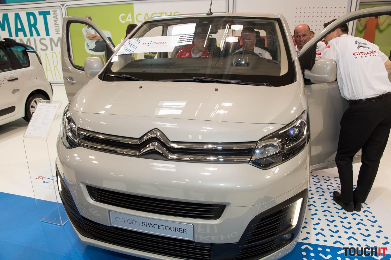 Do tohto automobilu pribudne napr. aj rozpoznávanie dopravných značiek a  ďalšie technologické novinky z ponuky koncernu PSA 35025937250