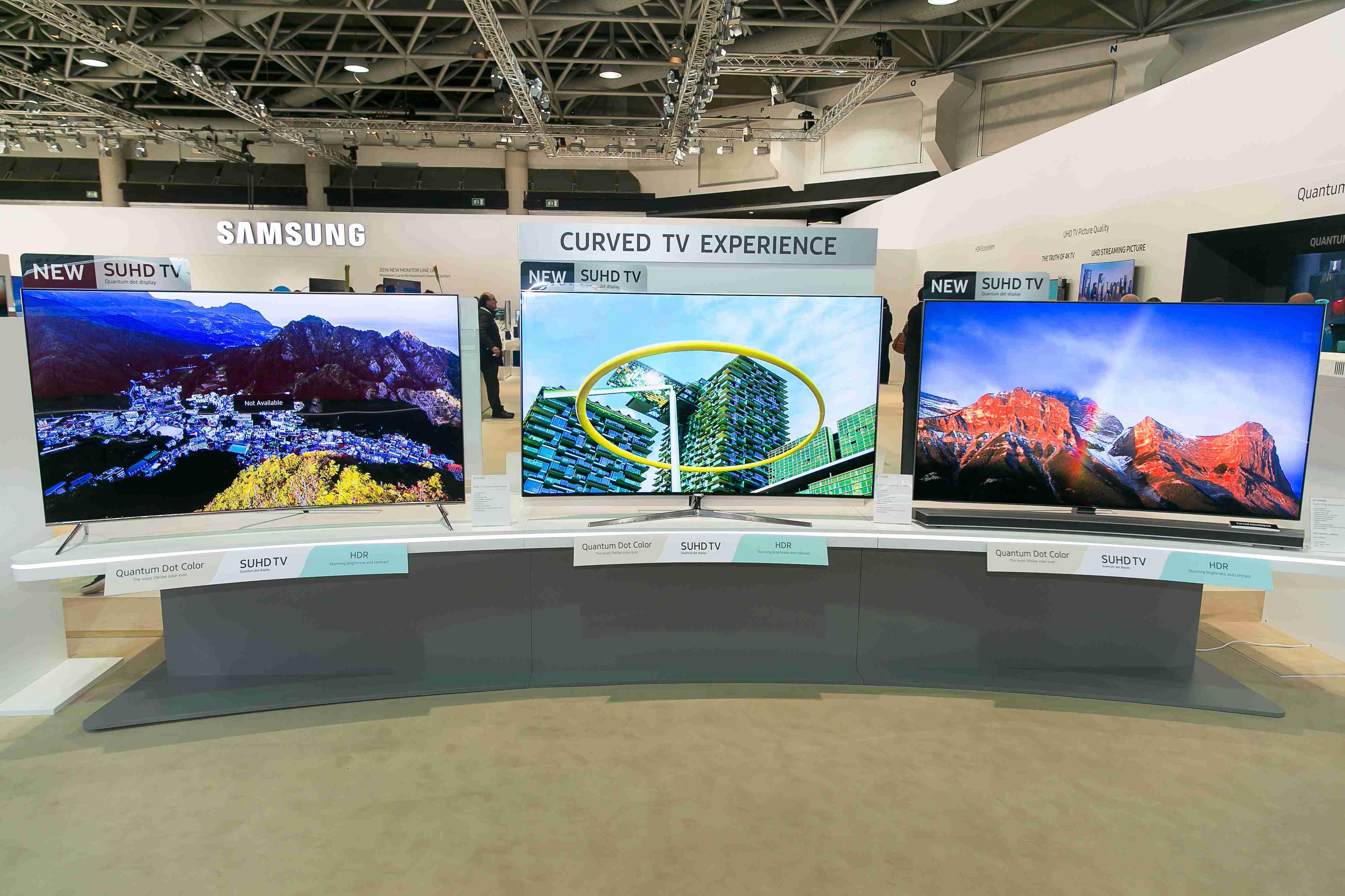 Toto sú najnovšie televízory Samsung. Podporujú HDR, majú technológiu Quantum Dot a svietivosť 1000 nitov