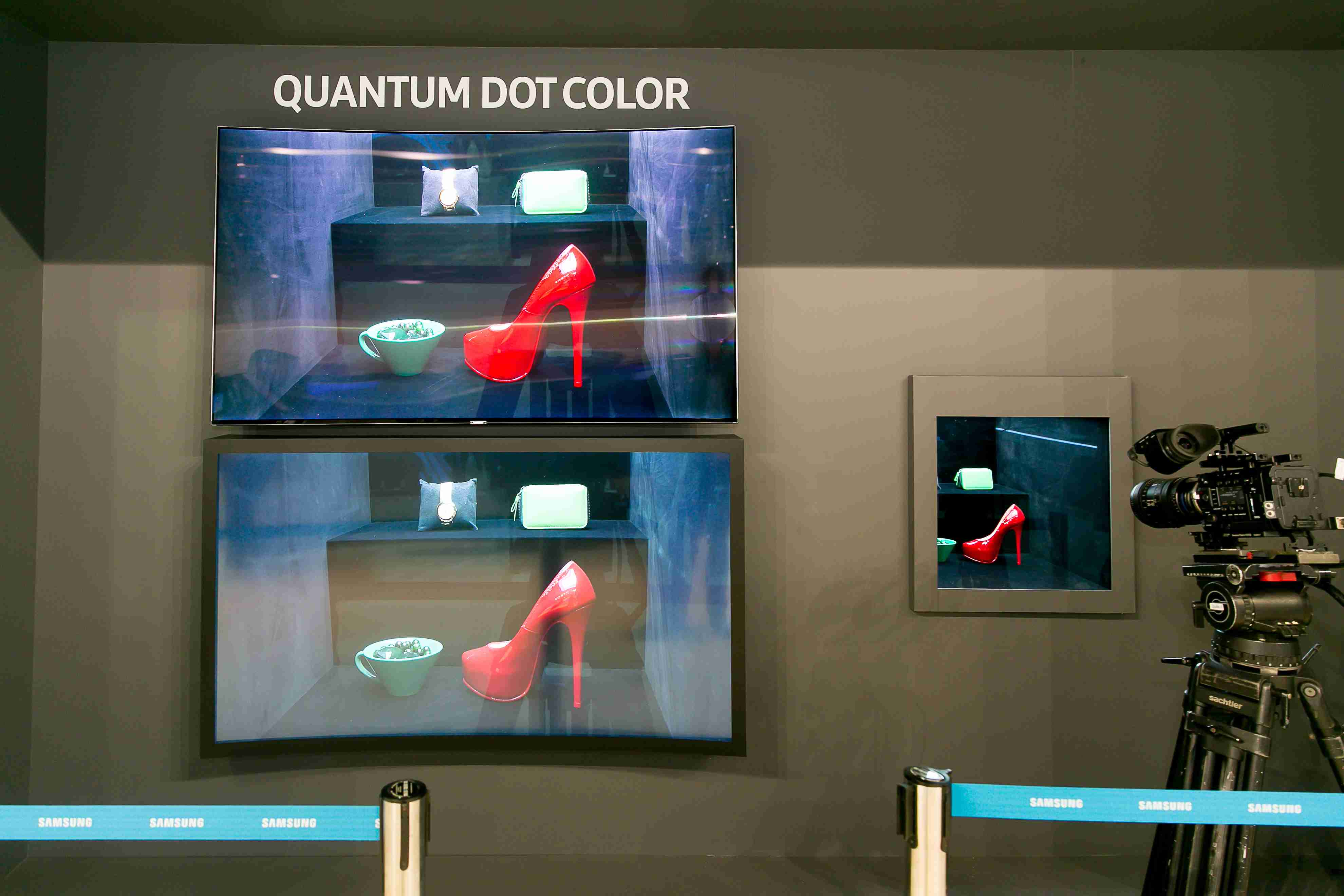 A tu je porovnanie obrazu televízora s technológiou Quantum Dot a bez nej. Vpravo vidíte snímaný obraz