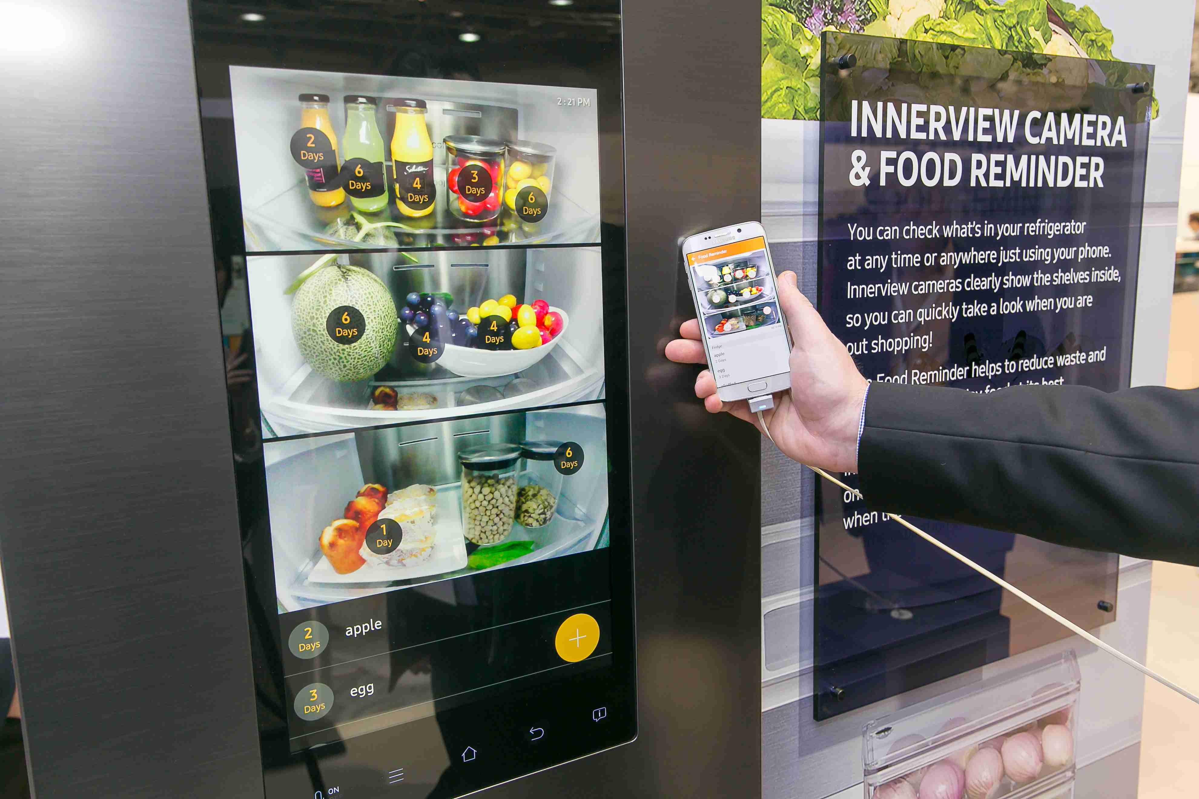 Takto si v chladničke Family Hub pozriete čo je v jej vnútri aj na mobilnom telefóne