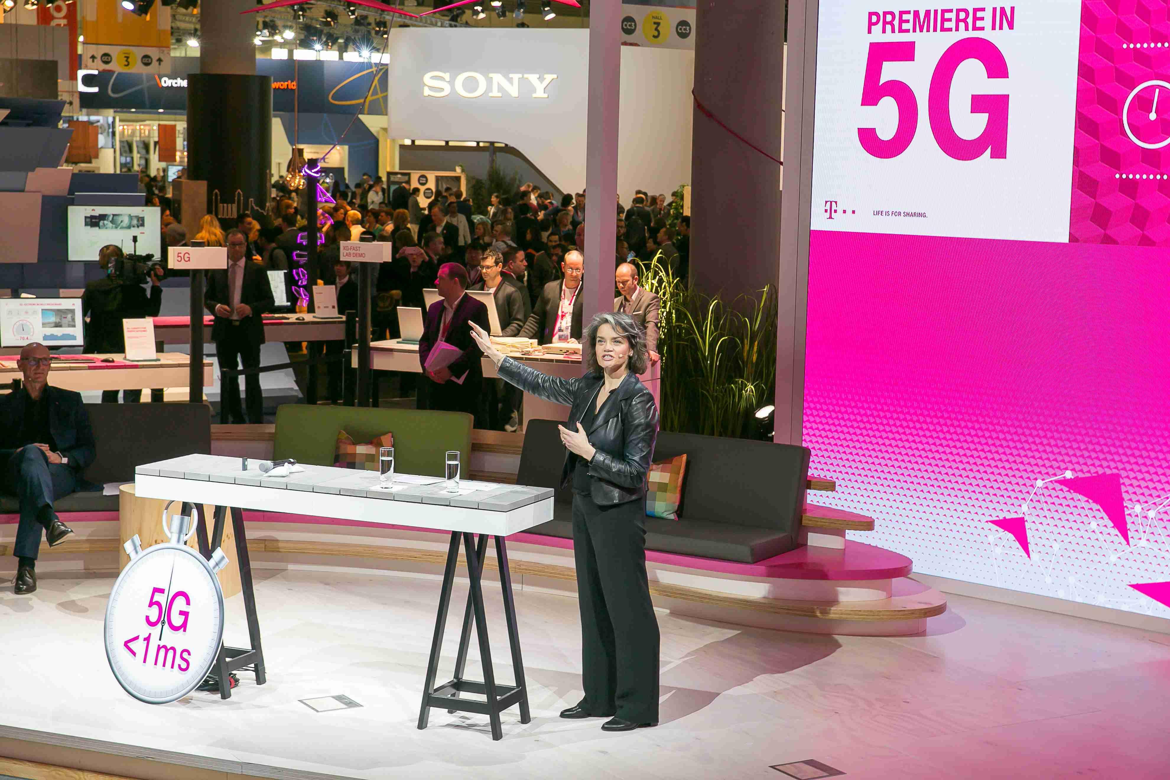 Pre Deutsche Telekom je 5G už reálnou výzvou. Umožňuje dosiahnuť nízku latenciu, ktorá je potrebná pre IoT a virtuálnu realitu