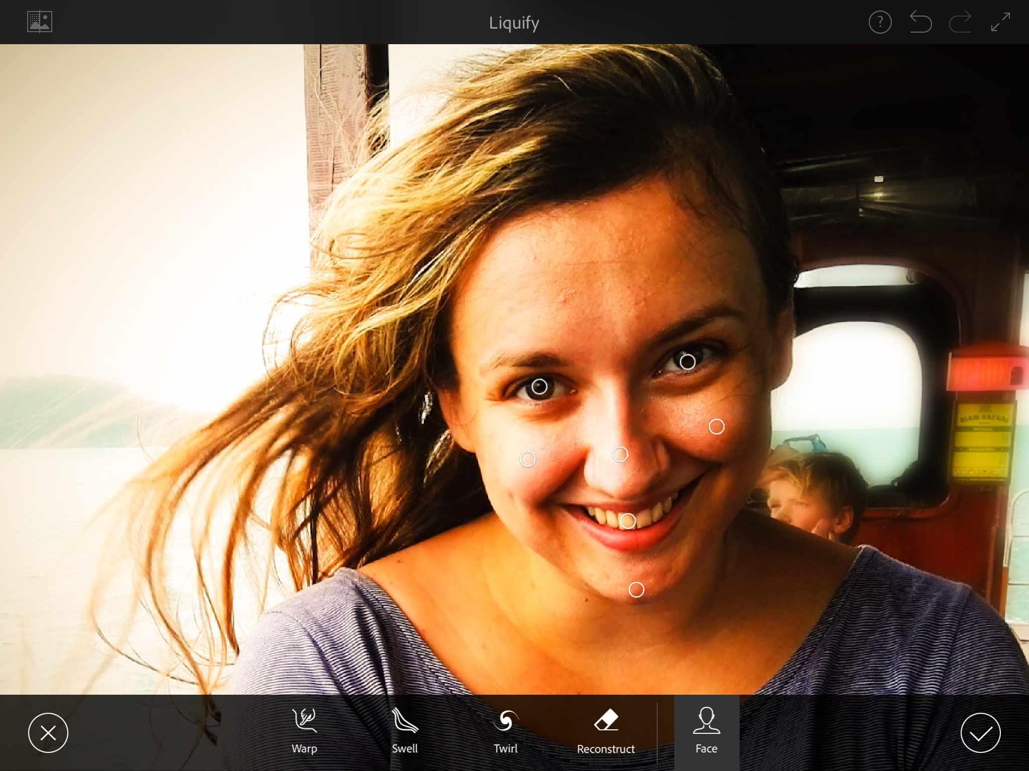 Aplikácia vám pomôže s naozaj detailnými úpravami fotiek