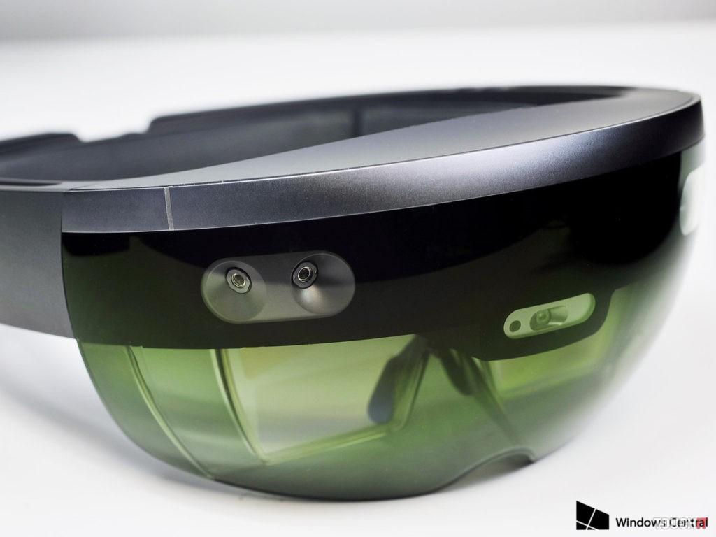 HoloLens-Dev-Edition-side2