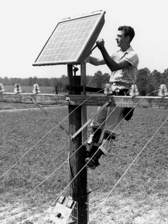 Prvé funkčné solárne panely na svete vznikli v Bell Labs v roku 1954