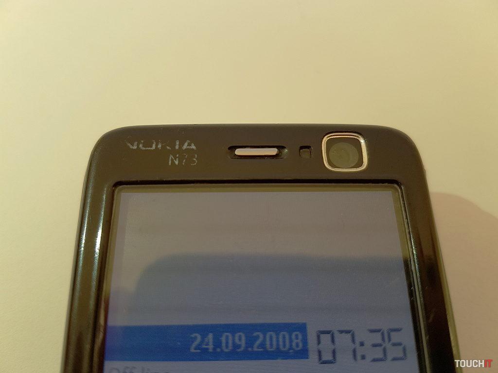 Nokia N73 (2)