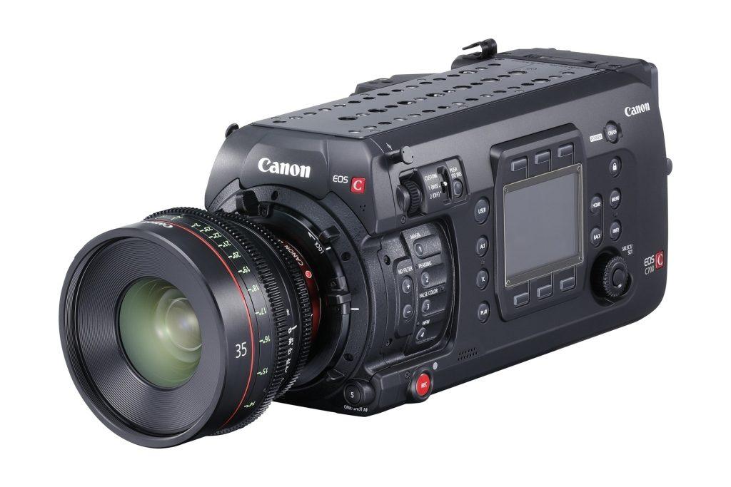 Canon EOS C700 (1)_vyd2016_5_nowat