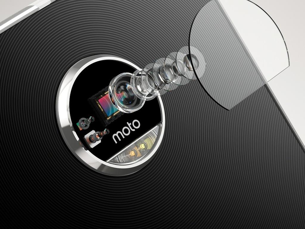 Moto Z Play_CameraDetail_vyd2016_5_nowat