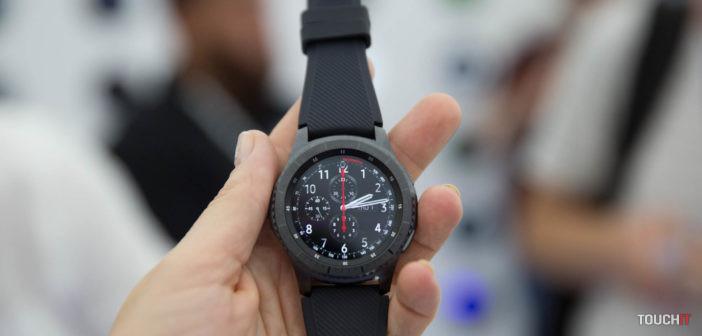 Inteligentné hodinky od Samsungu dostávajú vítanú aktualizáciu. One UI prichádza do Galaxy Watch, Gear S3 a Gear Sport