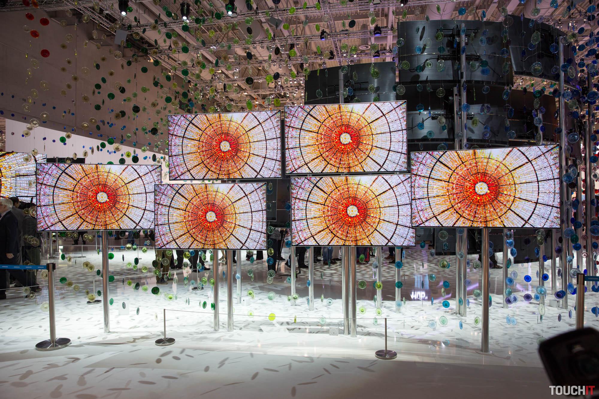85c934d4a VIDEO TOUCHIT: Samsung prezentoval až 10 ročnú záruku na televízory s Quantum  Dot technológiou. A ukázal, ako má vyzerať zvuk z TV
