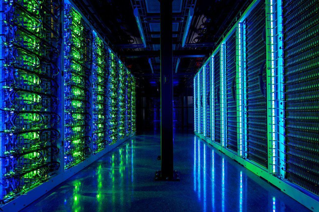 Servery dátového centra SUPERNAP v Las Vegas, ktoré spoločnosť Switch poskytuje firmám ako je eBay, Sony či Intel