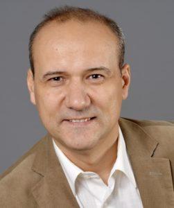 Dušan Peško CÍGLER SOFTWARE, a.s. Hlavný distribútor AVG v SR