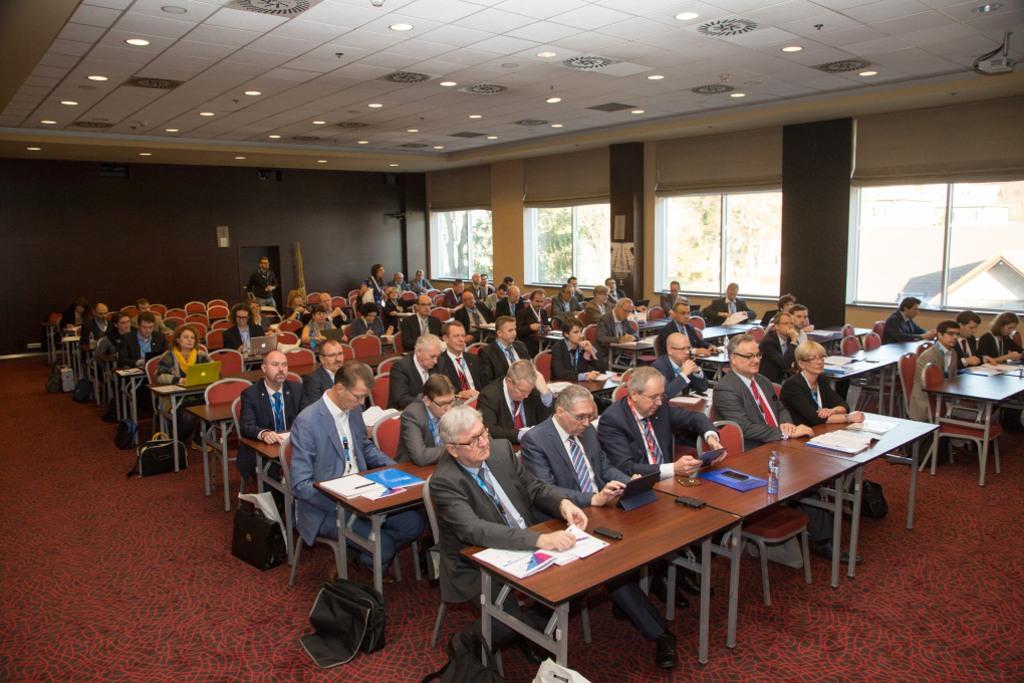 medzinarodna-konferencia-v-ziline-inteligentne-dopravne-systemy-nastroj-alebo-hracka_web2016_8_nowat