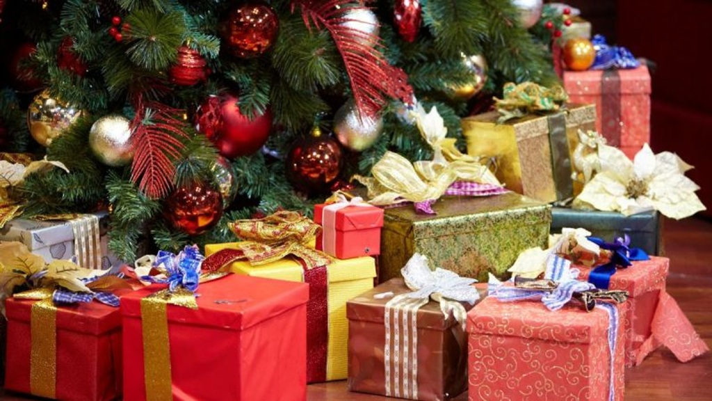 00f310334f Koľko minie priemerný Slovák počas Vianoc  Pozrite sa aké darčeky sú ...