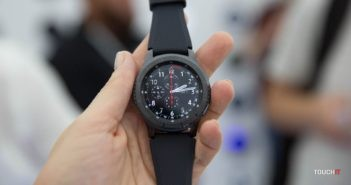 Samsung Gear S3 sú stále špičkové hodinky. Dostali nové funkcie z hodiniek  Gear Sport 43eb8b39f25