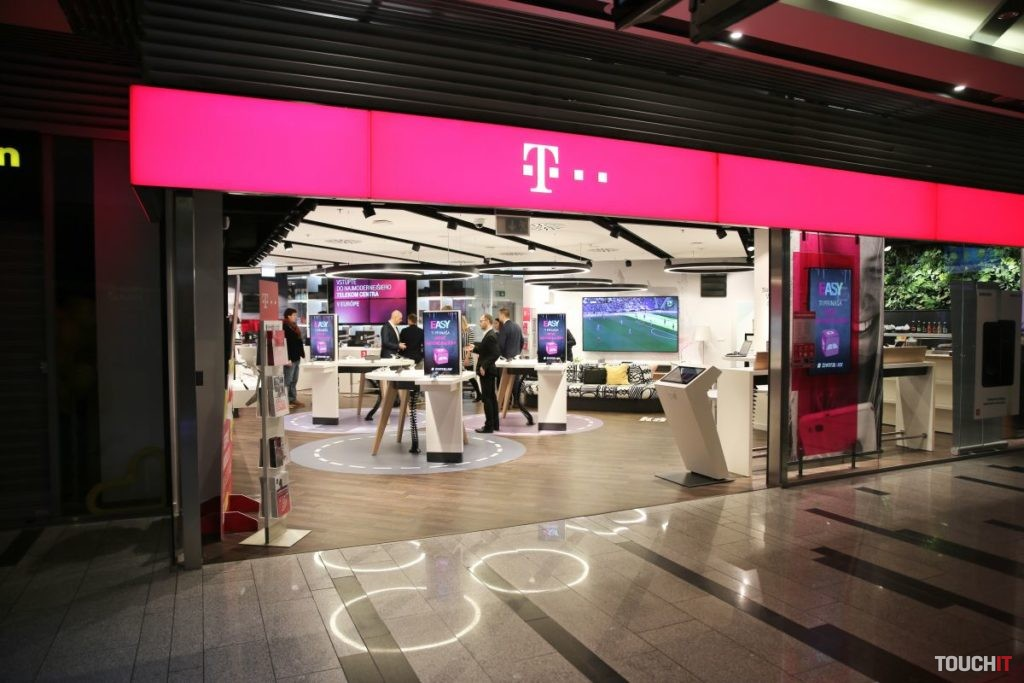 a7aabae7199 V roku 2018 zvýšila Skupina Slovak Telekom investície o 9% na 157 miliónov  EUR a udržala zameranie na inovácie, vďaka čomu jej výnosy stúpli takmer o  2% na ...