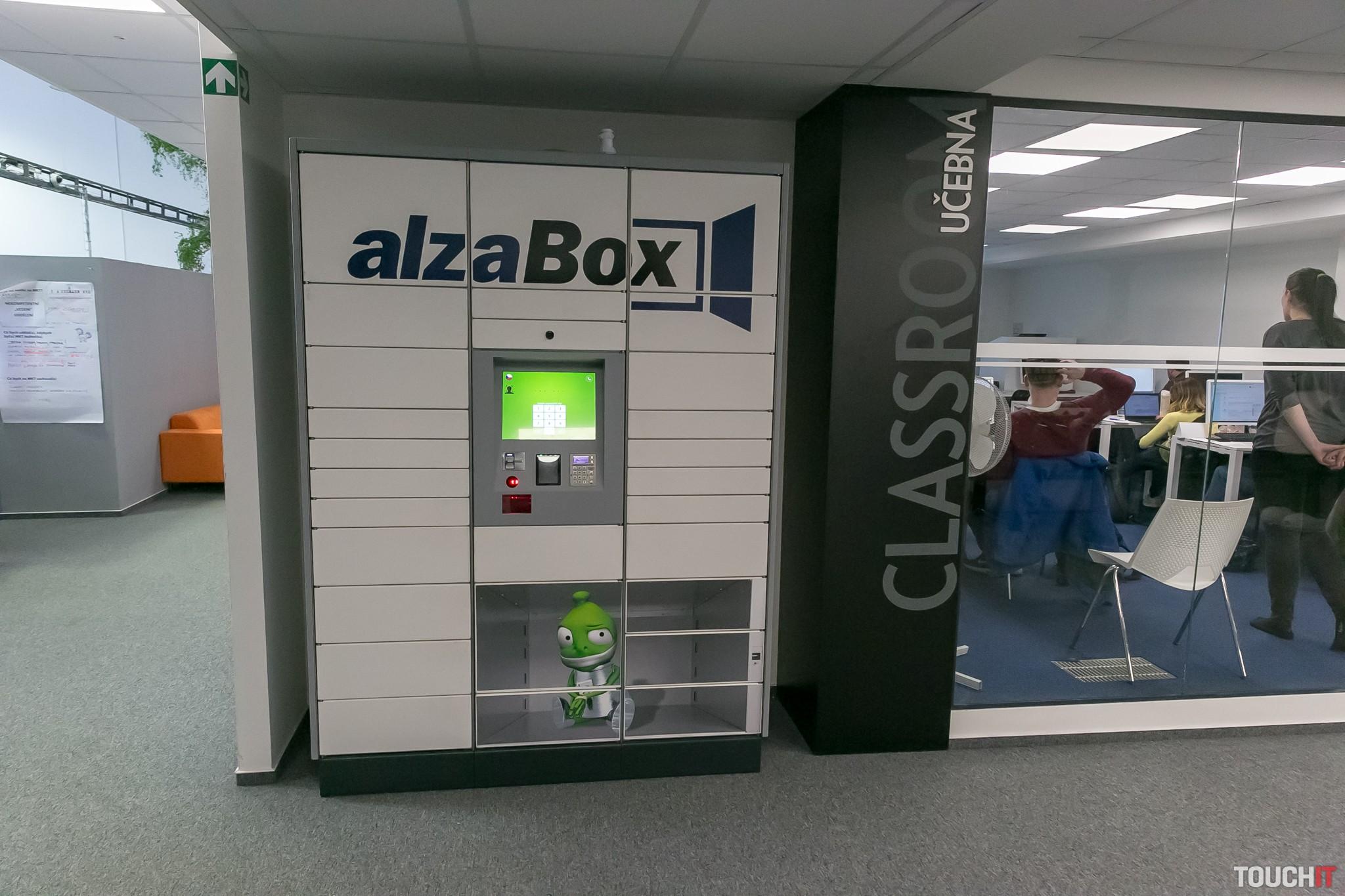 Nová pobočka Alzy pre XXL tovar otvorená v Senci  96231a96232