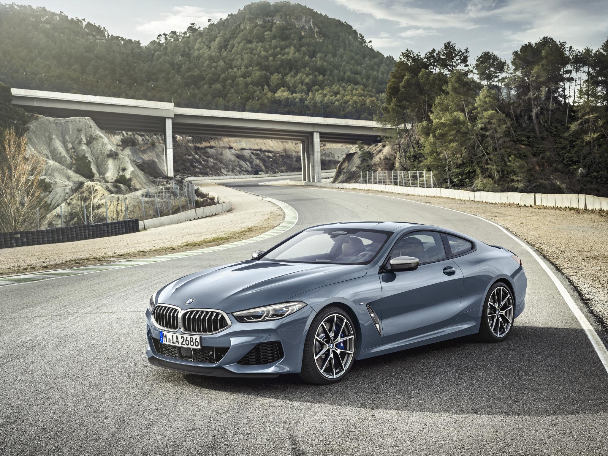 1f9b5bc3e0 Nové BMW radu 8 Coupé