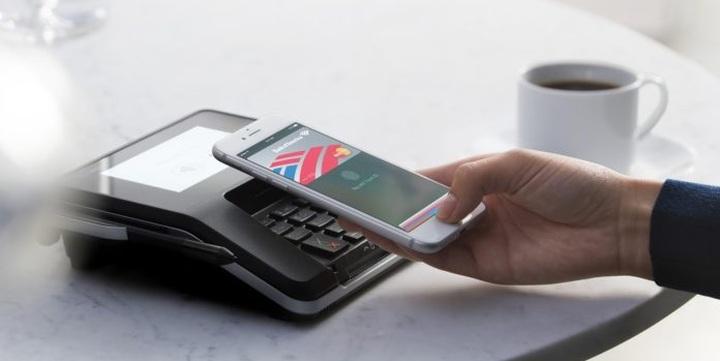 Ďalší zdroj ohlasuje čoskorý príchod služby Apple Pay na Slovensko ... 6f6ec8a1474