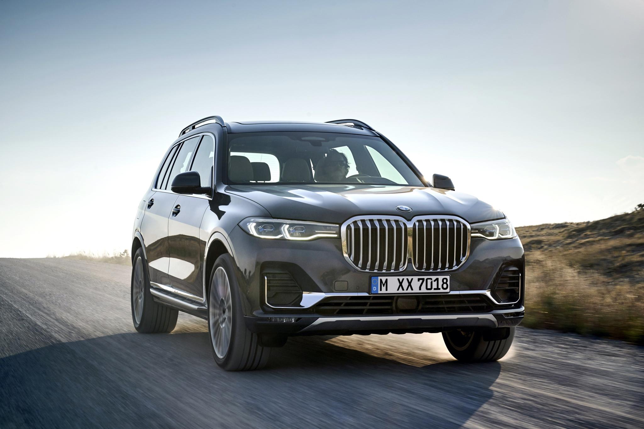 42135a8ba5 Nové BMW X7 predstavuje ďalší krok v nadchádzajúcej modelovej ofenzíve  výrobcu v luxusnom segmente. Všestrannejšia ponuka v tejto triede a  systematické ...