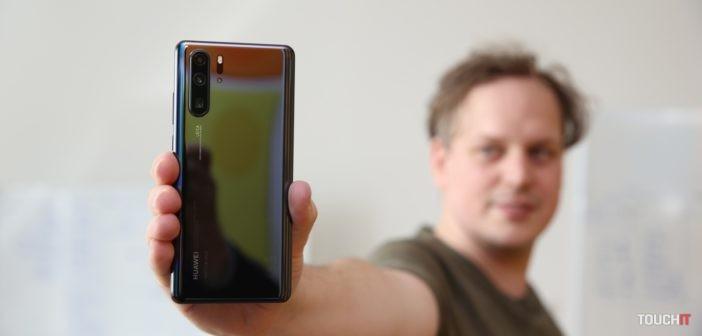 Huawei P30 Pro dostáva na Slovensku aktualizáciu na EMUI 10.1