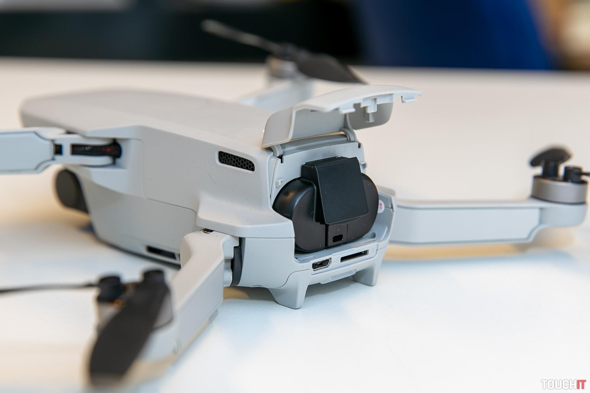 Vymeniteľná batéria v drone DJI Mavic Mini