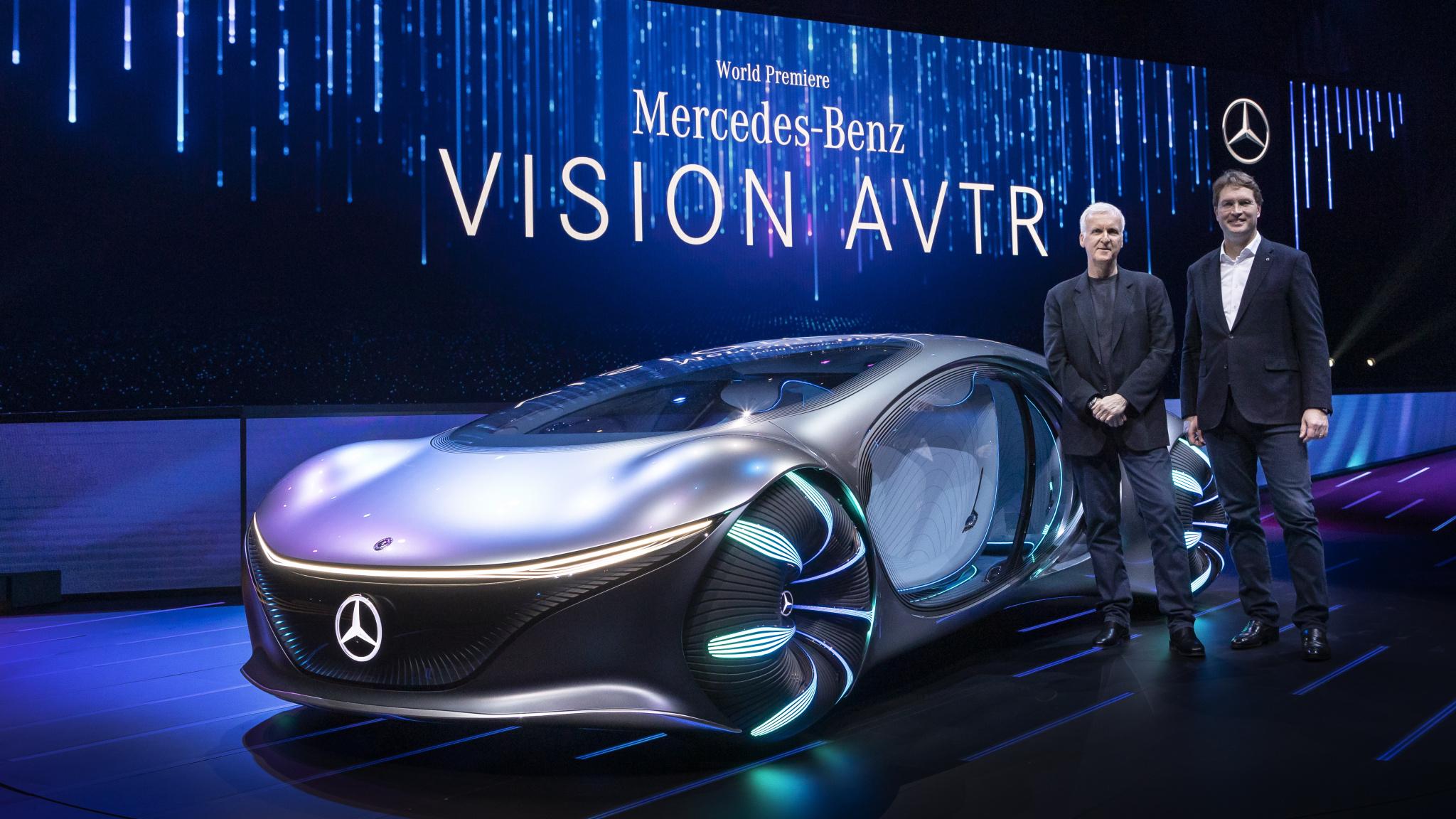 Mercedes VISION AVTR s Jameom Cameronom