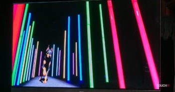 Panasonic HZ2000 OLED pri zobrazení farebnej škály