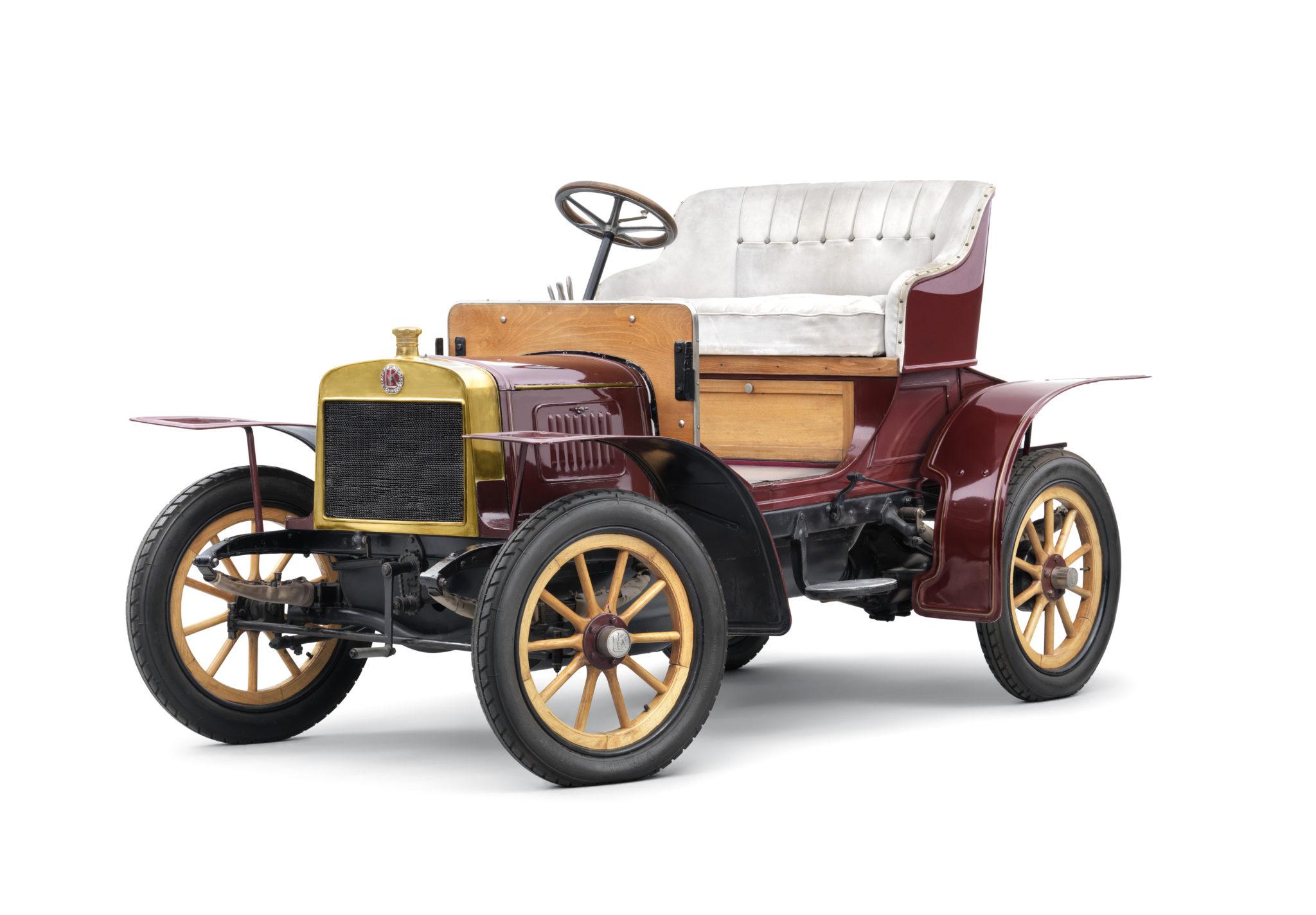 Už v roku 1905 debutoval prvý automobil Laurin & Klement, model Voiturette A