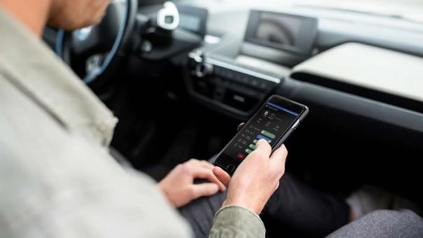 Prepojené vozidlá fungujúce na sieti 5G