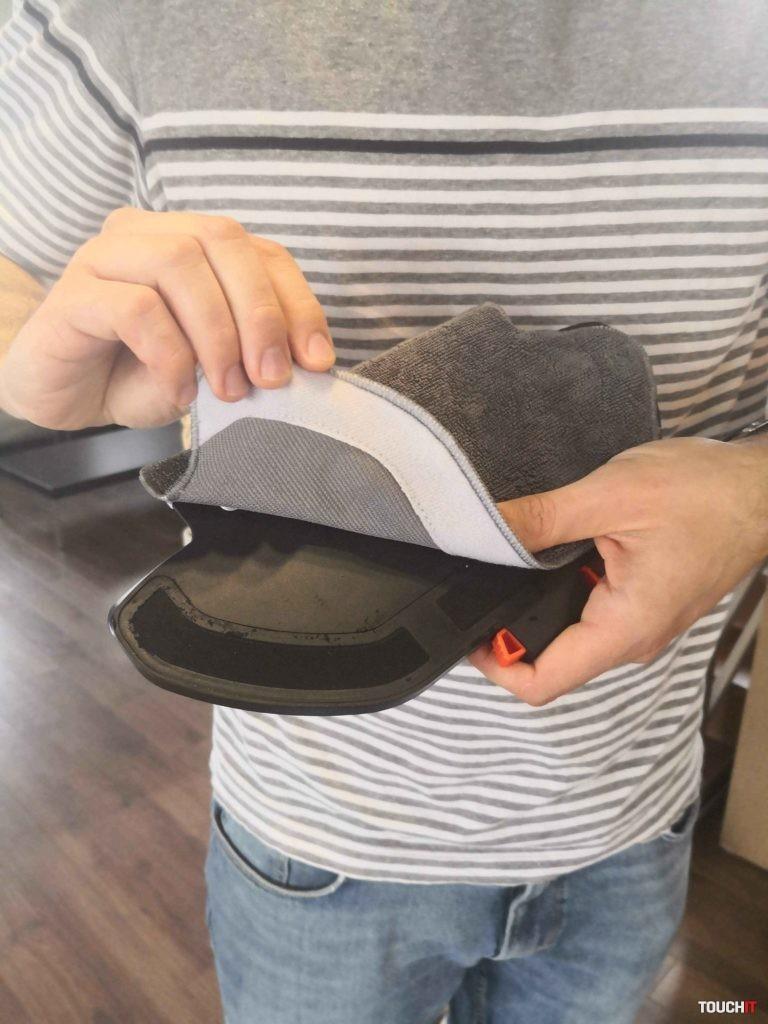 Mopovacie handričky sú na suchý zips