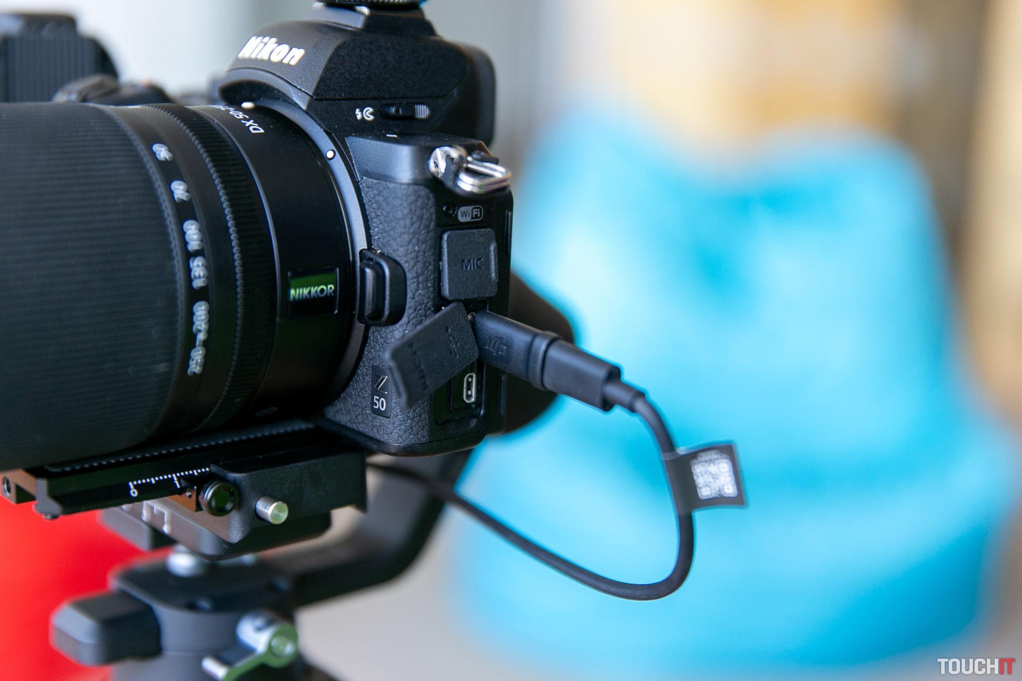 Aktívne prepojenie gimbálu a fotoaparátu