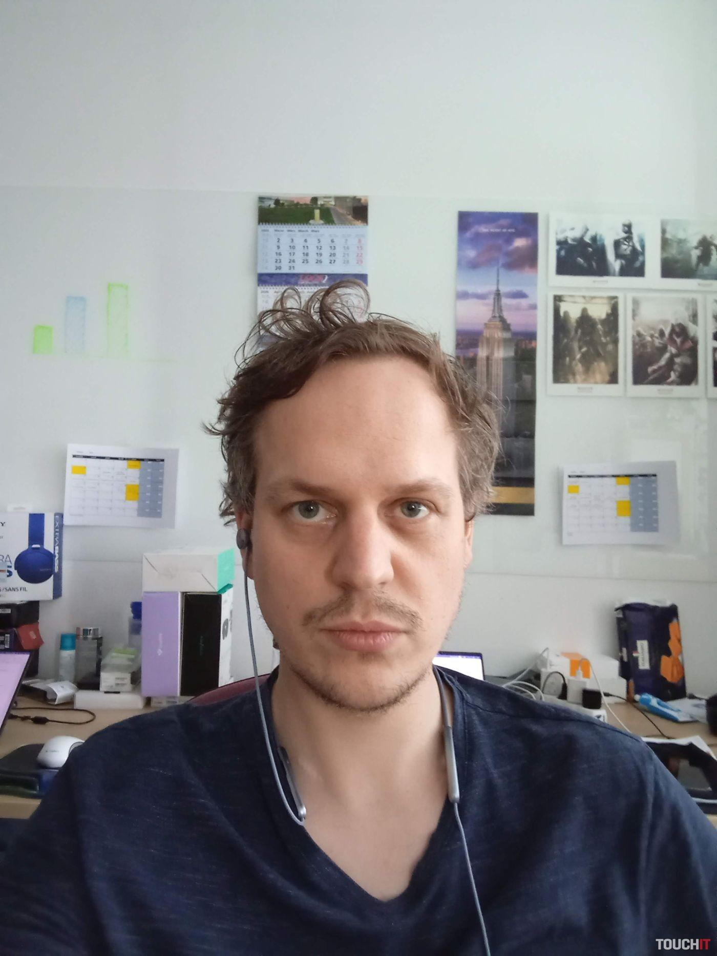 Fotené Sony Xperiou L4, predný fotoaparát