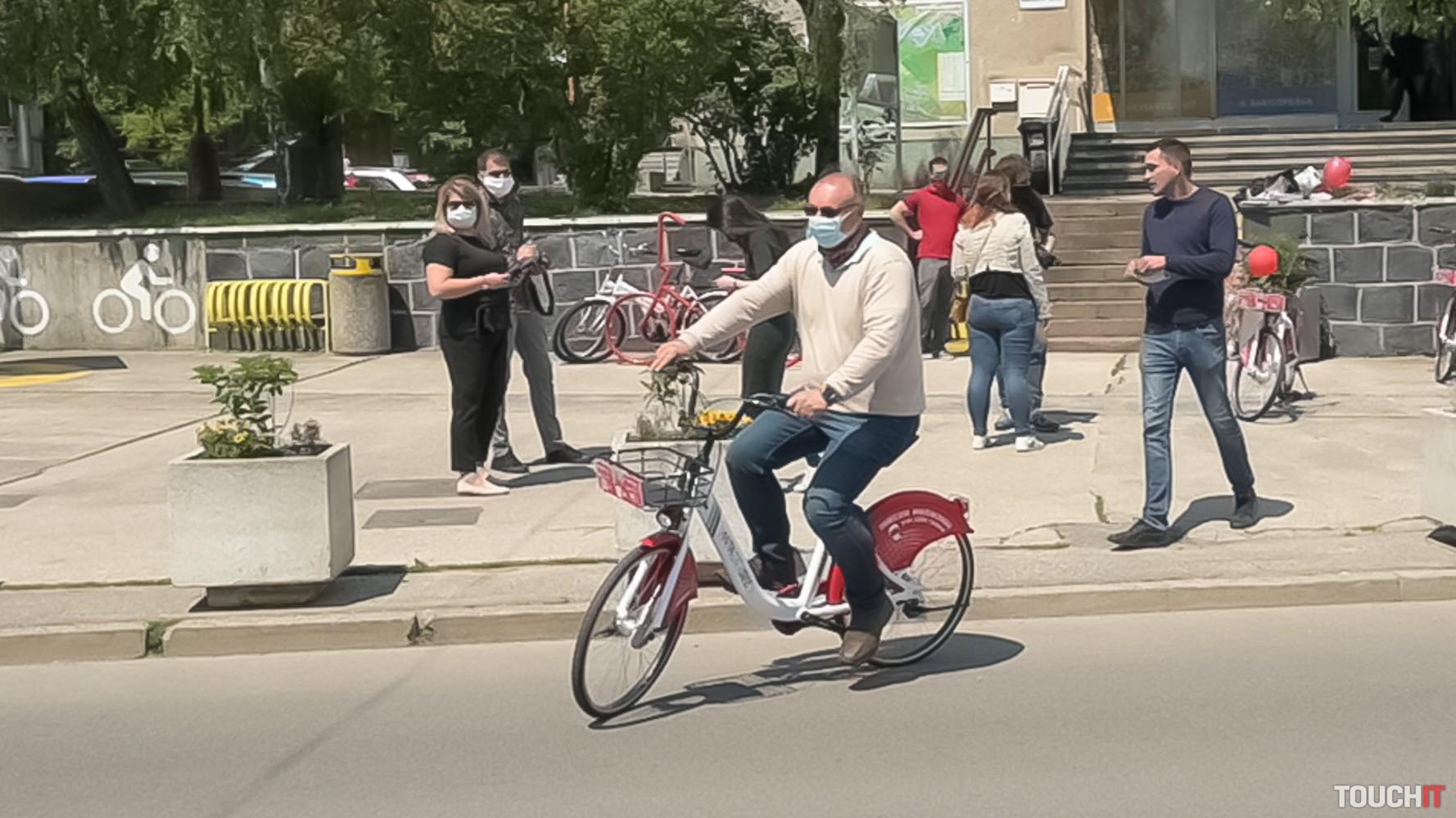 Jazdu s ANTIK bicyklami sme si hneď vyskúšali