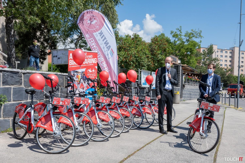 Slávnostné otvorenie zdielanie ANTIK bicyklov v bratislavskej Rači