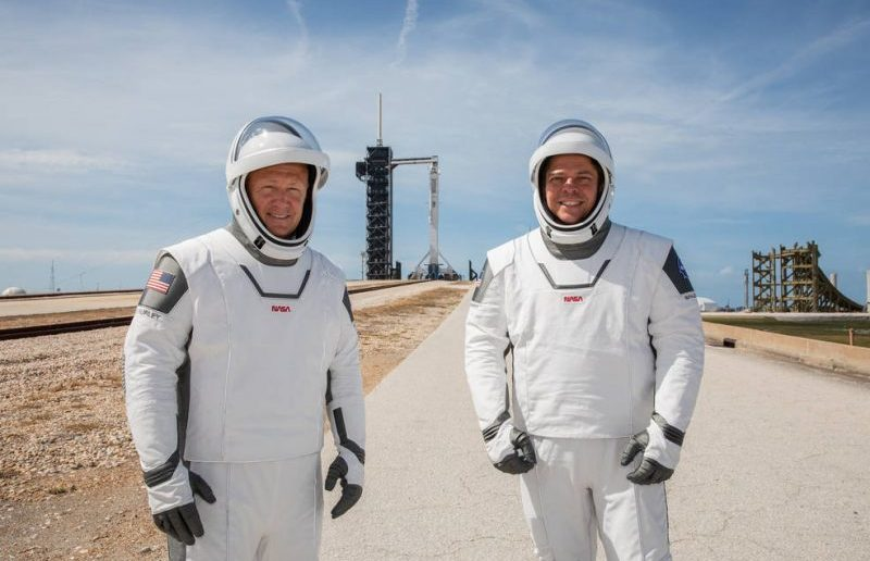 space X Crew Dragon 2020