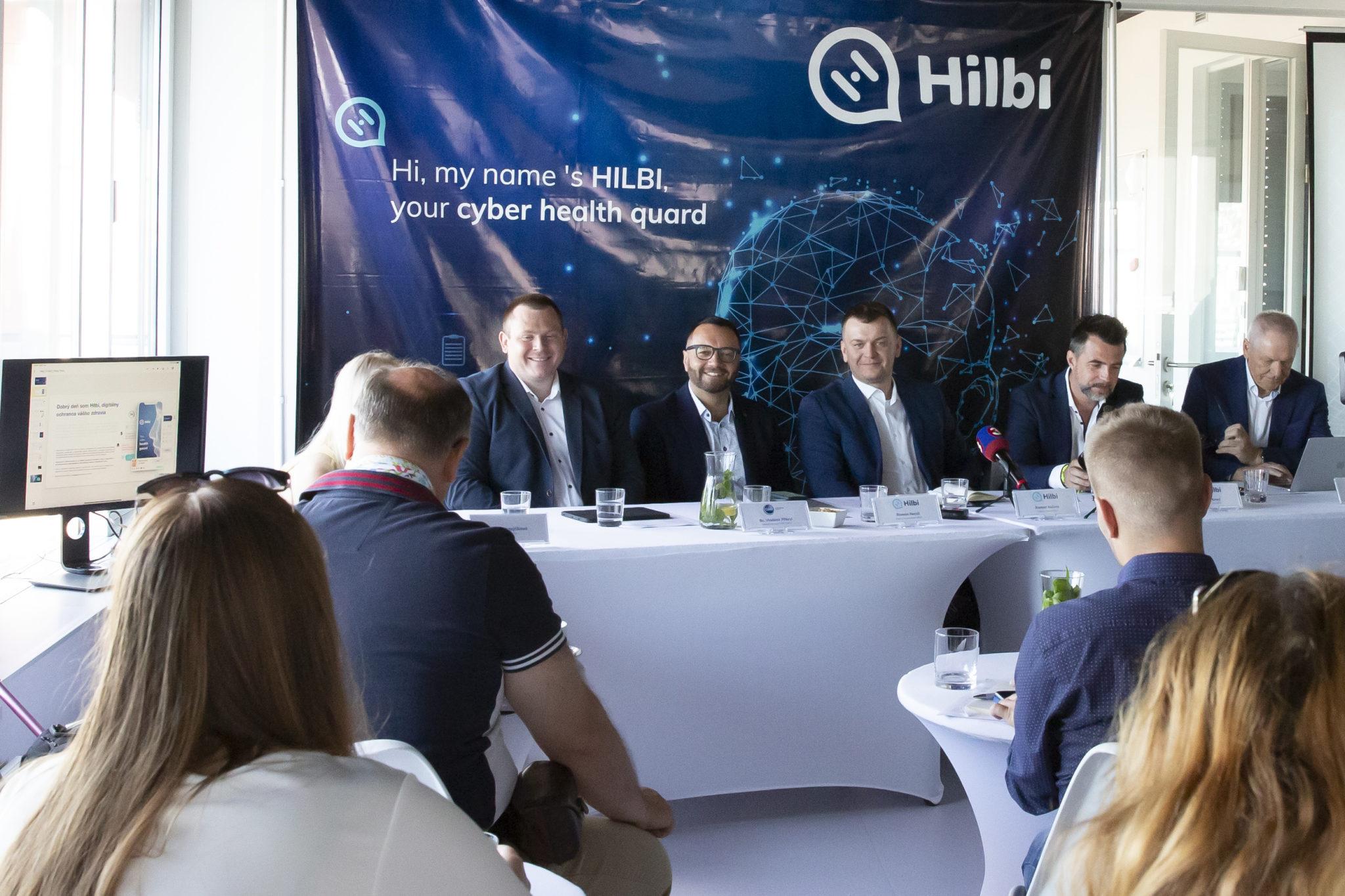 Záber z tlačovej konferencie HILBI