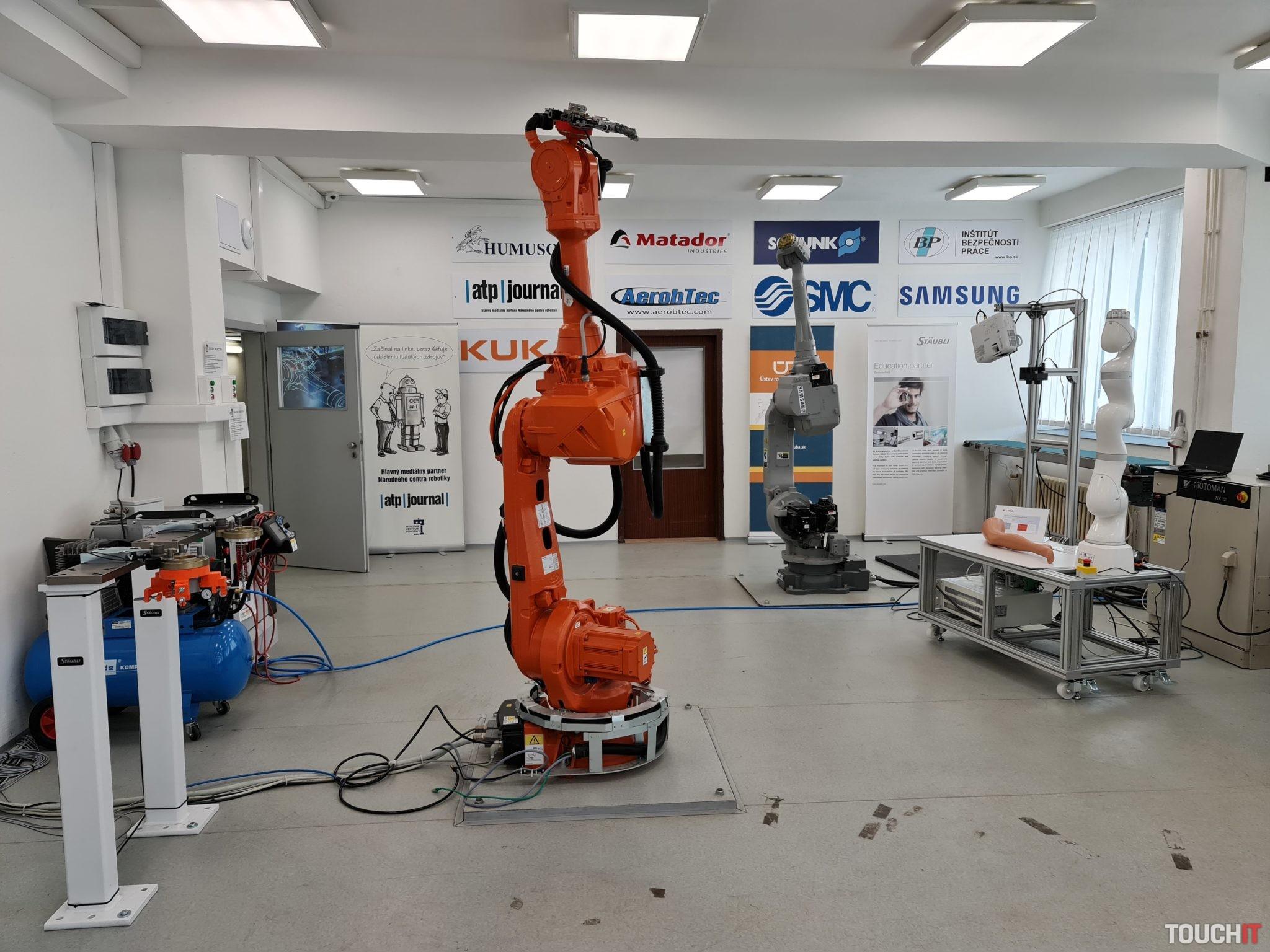 Národné Centrum Robotiky na FEI