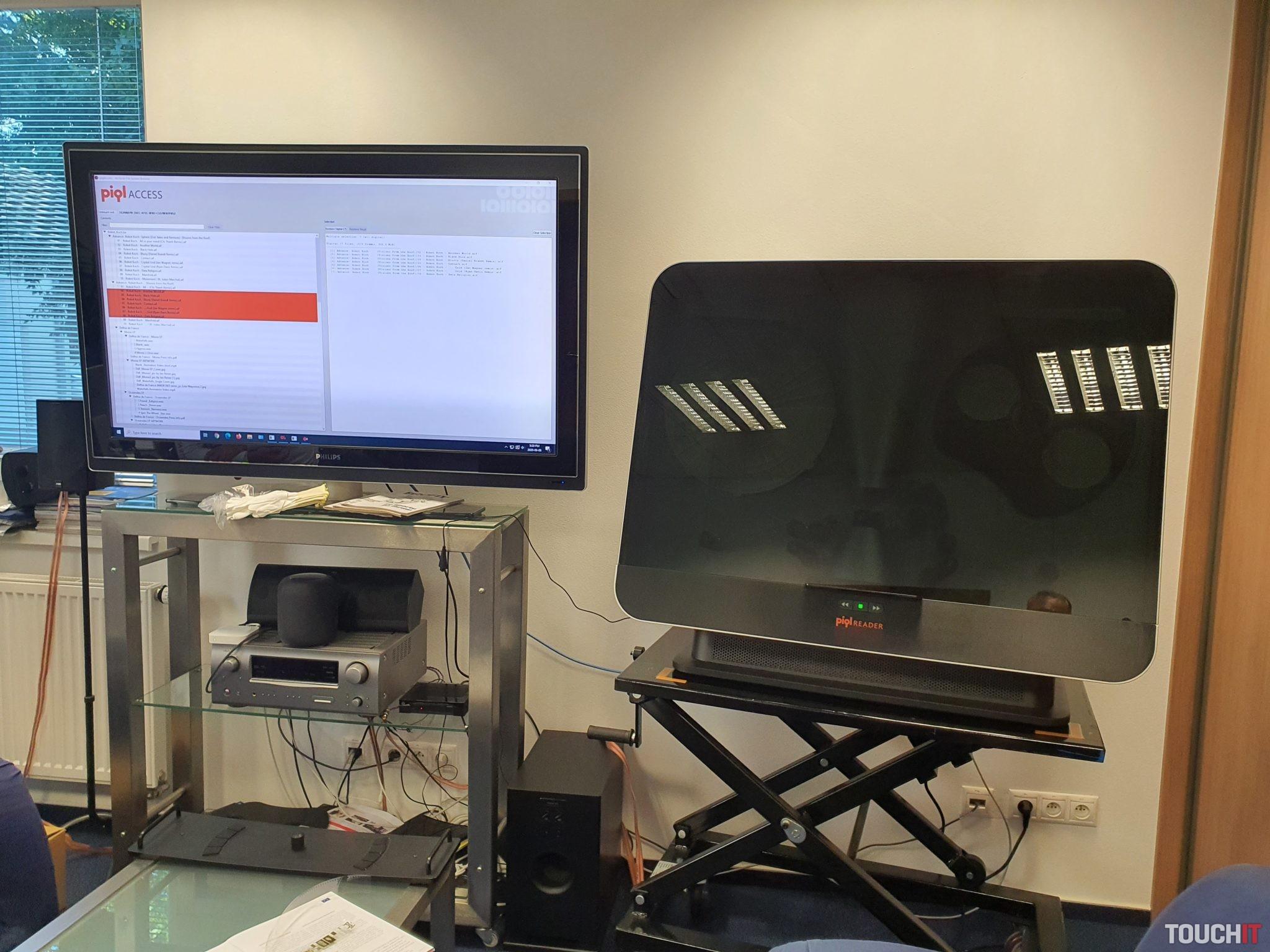 Kompletná čítačka pre piql technológiu uschovania dát