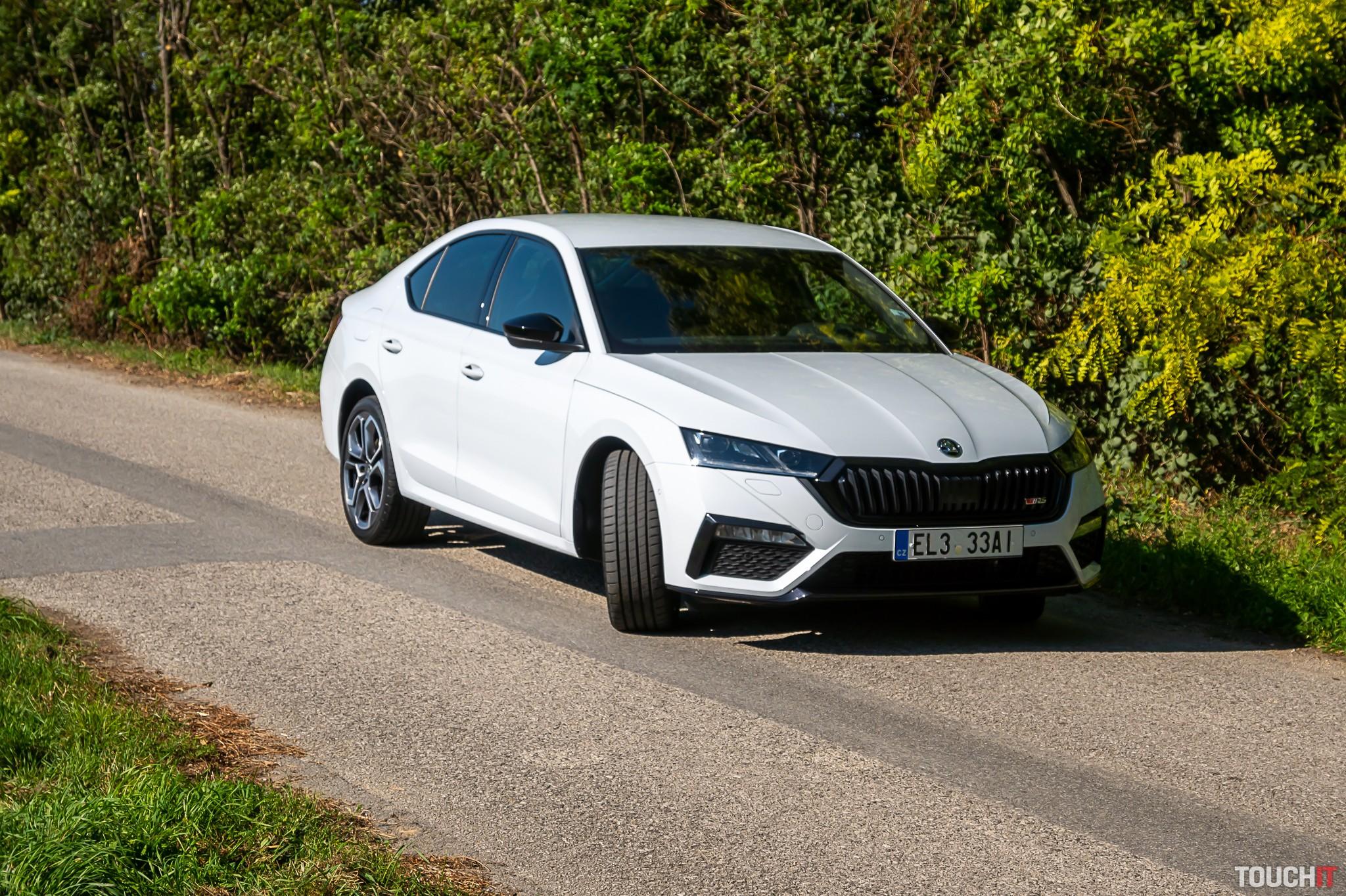 Škoda OCTAVIA RS IV exteriér