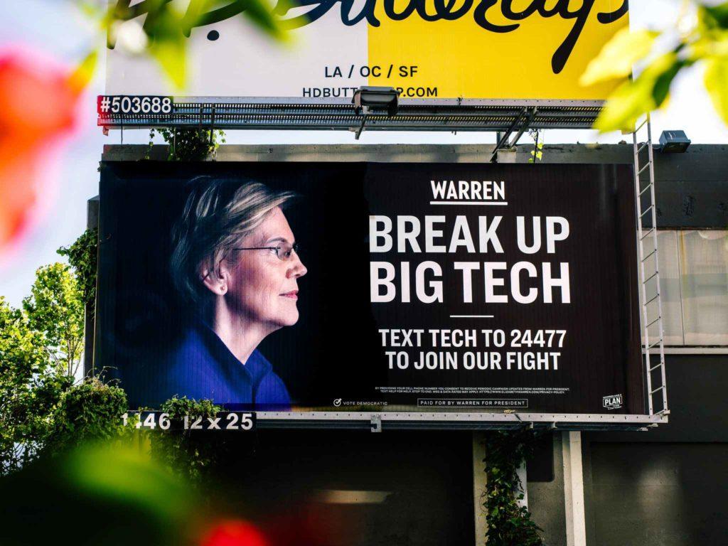 Násilné roztrhnutie technologických gigantov sa už dostáva na pretras aj vo vysokej politike