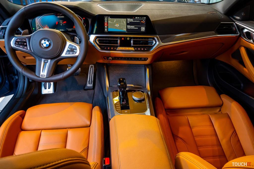 V kabíne BMW M440i Coupé