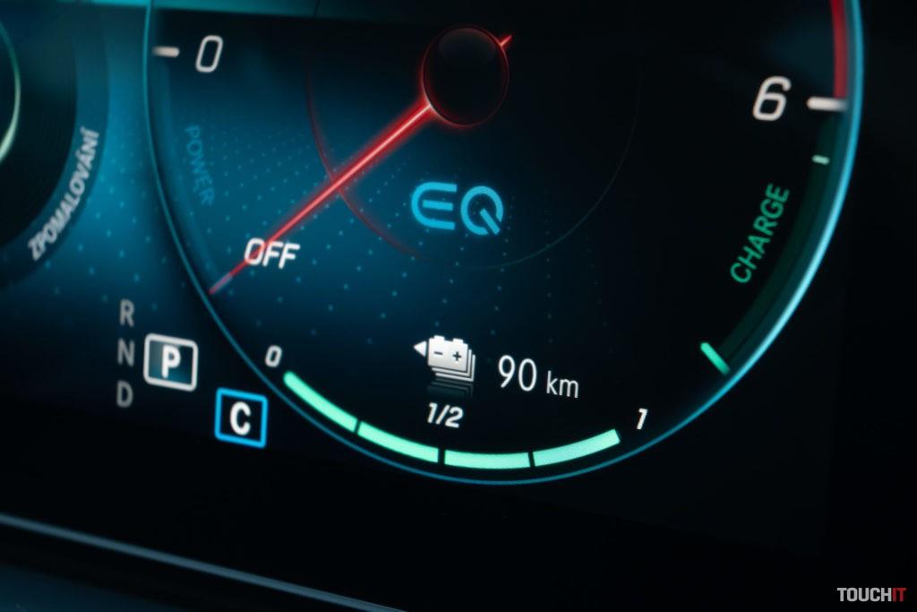 Mercedes EQC 350 de - 90 km na plnú batériu
