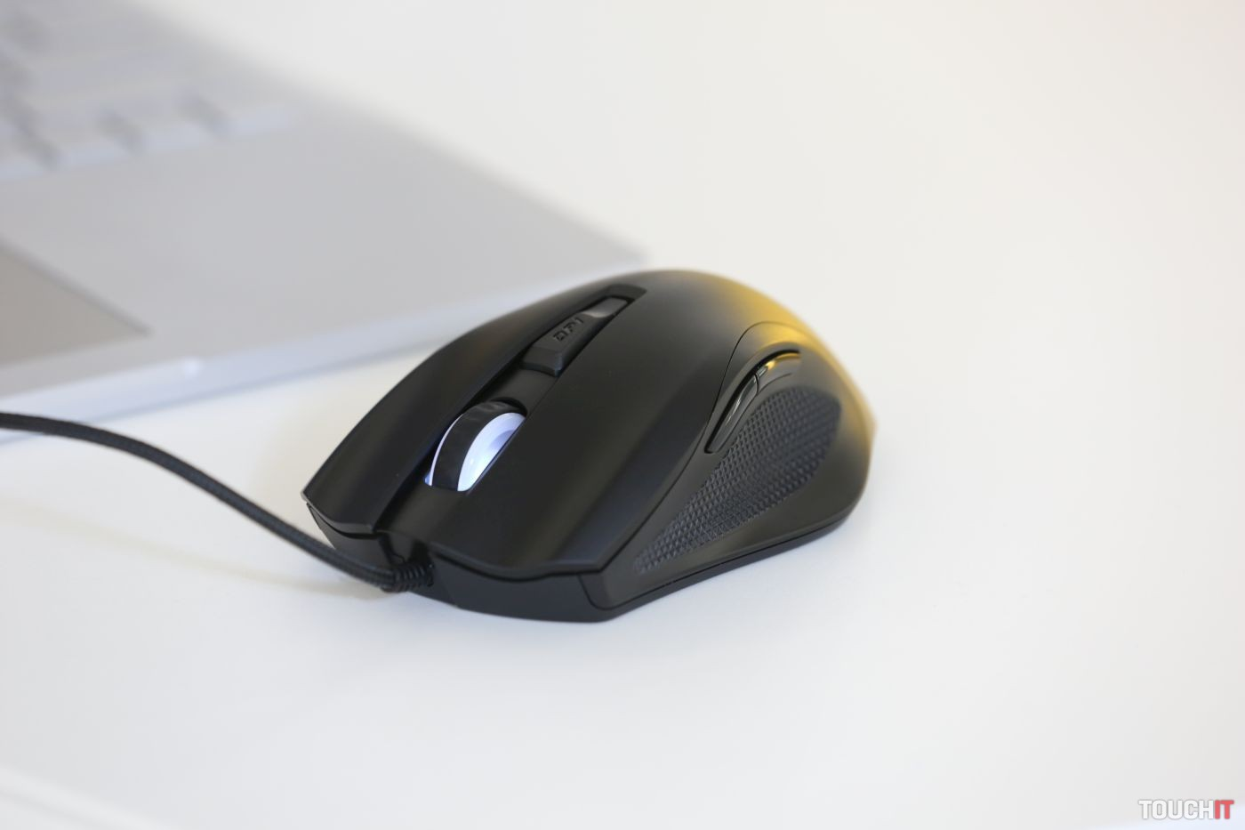OMEN Vector Gaming Mouse