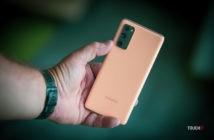 Samsung Galaxy S20 FE v oranžovej farbe